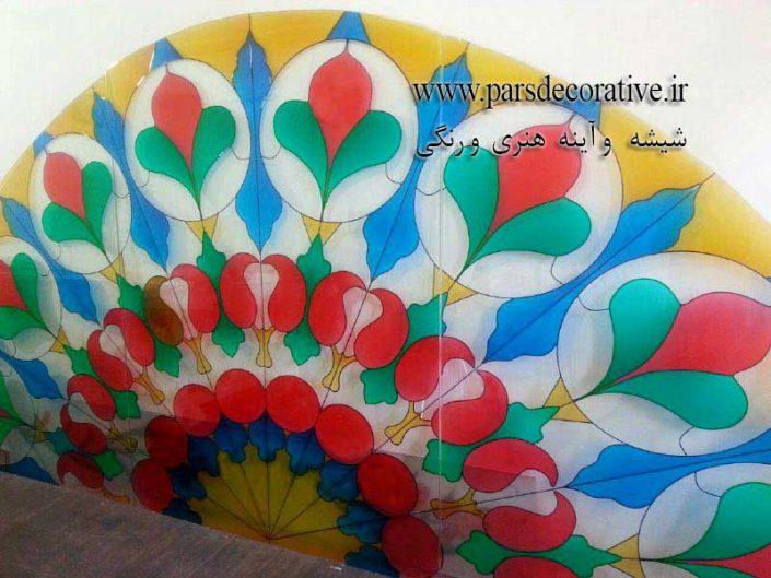 شیشه سنتی رنگی سر هلال مسجد دزفول