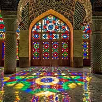 شیشه رنگی سنتی نقاشی شده مسجد