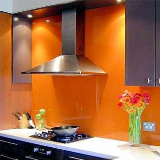 شیشه رنگی در آشپزخانه شما