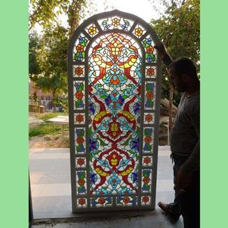 محصول شیشه رنگی جهت نمای داخلی
