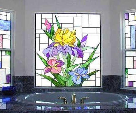 ویترای روی شیشه سرویس بهداشتی