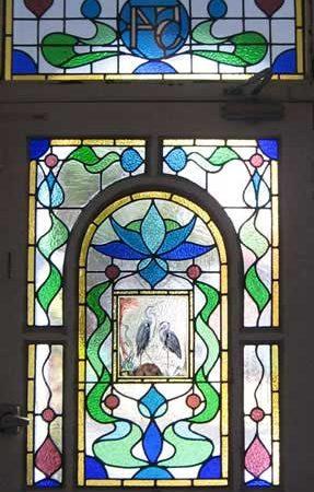 شیشه کلیسا