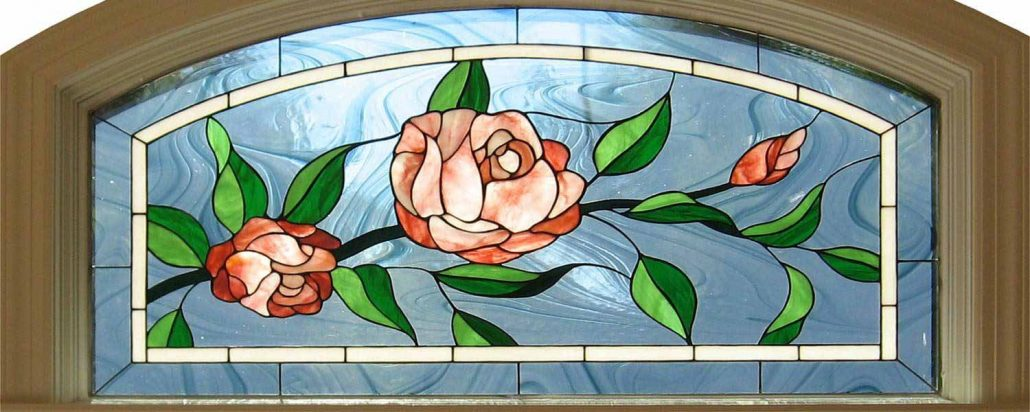شیشه رنگی نقاشی شده گل بالای درب