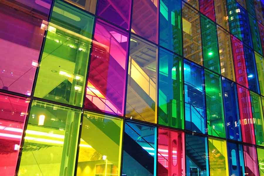 نتیجه تصویری برای شیشه های دکوراتیو