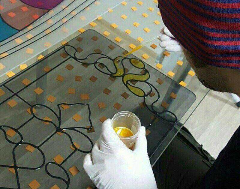 نقاشی کردن روی شیشه با استفاده از پیپت